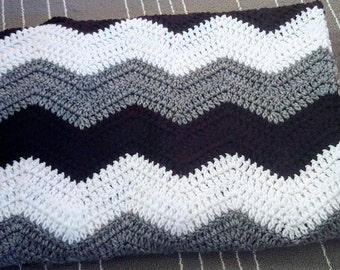 Crochet Chevron Throw/ Chevron Blanket/ Chevron Afghan/Crochet Ripple/Black and White
