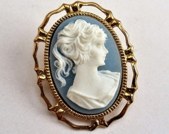 Vintage Hand-carved Cameo Brooch, Cameo in Gold Tone Frame, Collectible Cameo Pin Brooch, Cameo Jewelry, Estate Jewelry, 1970s'