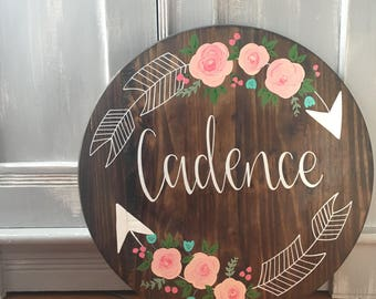 Large Custom Name Sign Round - with floral arrows