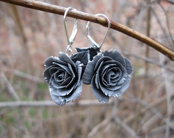Birthday gift/for/wife Unique gift/for/women Gift for girlfriend gift Gray earrings Silver flower earring Rose dangle earring Gray jewelry