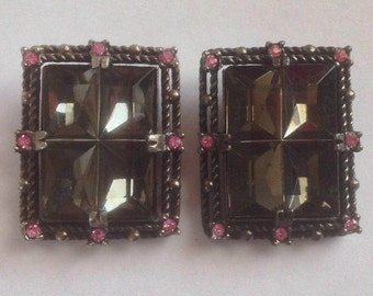 Vintage Smoky Topaz color and Pink Rhinestone Clip Earrings Sarah Coventry Midnight Majic