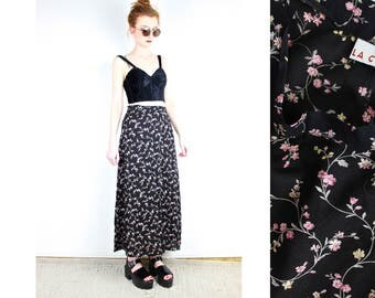 French Vintage 90's black floral print long skirt / 1990s Maxi Full Length Skirt High Waisted Soft Grunge Festival Boho Hipster / Size XS