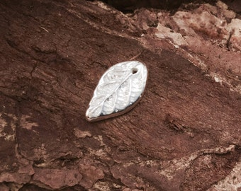 Small silver leaf charm or pendant