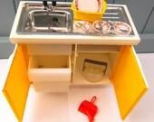 vintage sindy kitchen sink unit 1970s sindy furniture dolls house furniture sindy washing up sink 1976 Eastham Eline sink retro toys