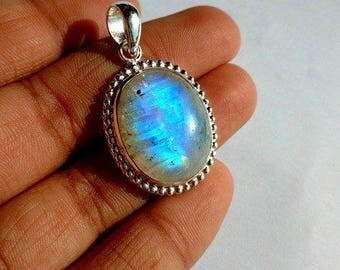 Blue moonstones Pendant sterling silver 92.5 , oval shape , high polishing , best design , natural stone , code A407