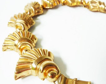 Vintage Gold Link Bracelet from the 1950s in Stamped Fans Design by Jeray