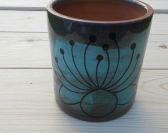 Handmade ceramic mug coffee tea milk food safety breakfast snack