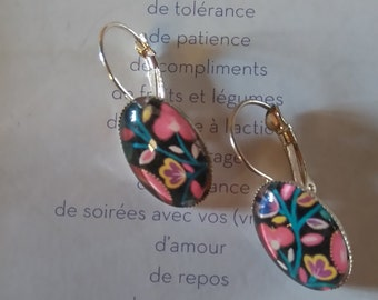 "Earrings retro on support pink ""flowers"""