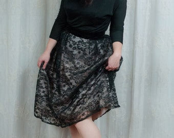 1950s Black Jersey and Lace Dress - Medium