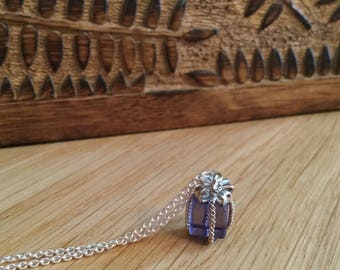 Amici. Silver and amethyst present necklace