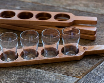 Beer Flight Paddle (Pine) with glasses, Beer Sampling, Beer Tasting, Beer Club, Handmade in Canada, Men & Women, Handcrafted