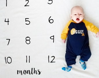 Watch Me Grow Blanket, monthly count, baby shower gift, gifts under 20, gift for baby, baby photo prop, most popular baby item