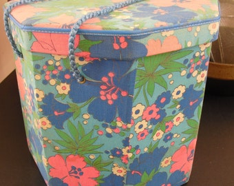 Vintage Singer Sewing Hat Box, Floral Fabric Basket, Rope Handle, Octagonal Shape, 1960s Flower Motif, Quilting, Sewing, Crafting Supply