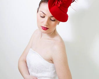 Fashoin Designer Red Fascinator Hat with Birdcage Veil, Melbourne Royal Ascot Derby Fascinator Hat, evening party Dress hat