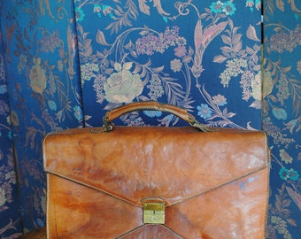 Henri Saxel 1970 leather satchel