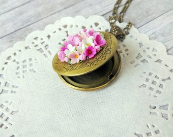 Flower photo locket photo frame personalized memory locket personalized photo flower necklace pendant Miniature flowers Locket jewelry