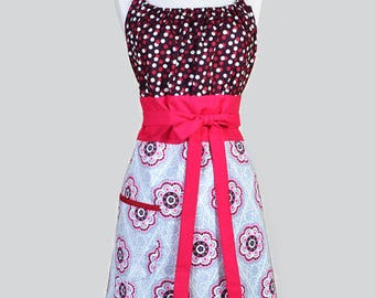 FREE SHIPPING Womens Retro Chef Berry and Grey Polka Dot and Medallions Retro Vintage Inspired Kitchen Cooking Hostess Apron Pockets (CS)