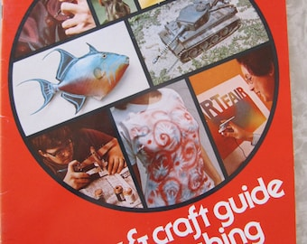 Badger Hobby & Craft Guide To Air-brushing, Vintage Book 1978 by Carl Caiati, Retro Art Instruction Book How-To Booklet, Guide, Lessons