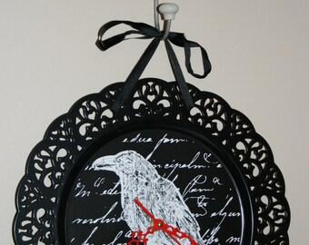 Unique Metal Halloween Raven Clock with Red hands