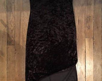 Black velvet 90s dress