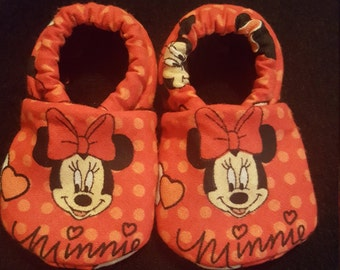 Minnie Cloth Baby Booties