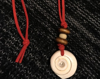 Shell & Wooden Cord Necklace