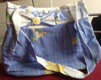 Bow bag tote, shoulder handle