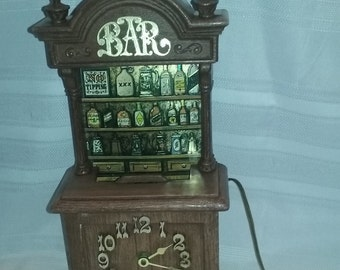 Vintage Bar Clock,Electric,Light Works,Made by Spartus