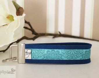 Key chain lanyard lace turquoise felt