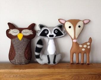 Raccoon, Owl, Deer, Woodland Felt Plushie Animals, Felt Toys, Stuffed Toys, Baby Shower, Nursery, Bedroom Decor