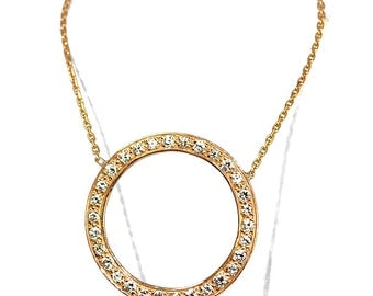 Pendant rose gold forming a circle of diamonds