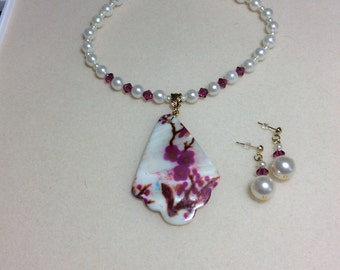 Pearl and Swarovski crystal necklace and earrings