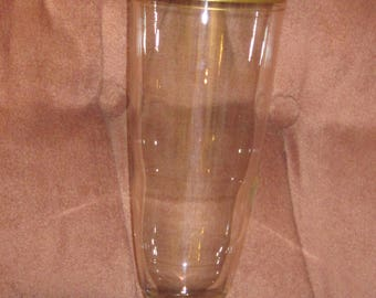 Vin. Large Gold Trimmed Vase