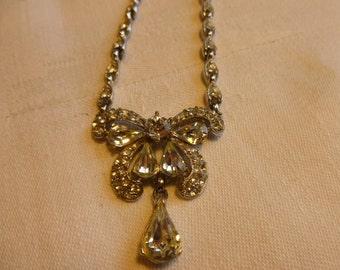 Dazzling white rhinestone necklace, American circa 1950s