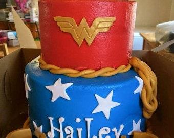Fondant Wonder Woman Cake Topper (set of 4)