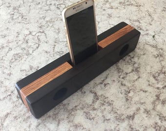 Wood Cell Phone Speaker Amplifier
