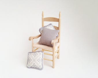 1:12 Miniature Dollhouse Grey Trellis Pillow Set