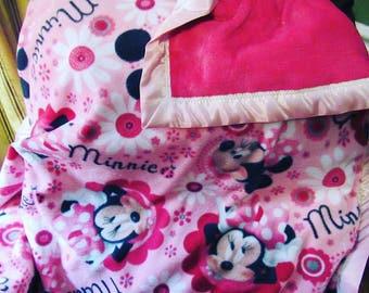 Super Soft Minnie Mouse Fleece/Minky Blanket