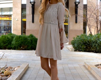 Cream Belle Sleeved Lace Accented Dress