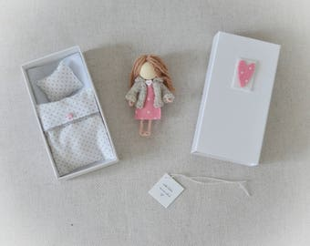 Marlene - miniature doll set