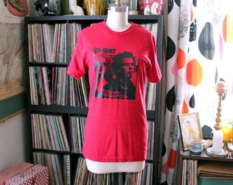 vintage Sid and Nancy transfer on a 50 50 American Apparel tee size xs small