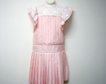 Nicole . Dorissa International . 70s 80s pink long torso . lacy electric pleats . 2-piece . 1920s inpspired dress . girls 7 . made in USA