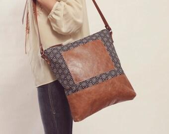 Navy Crossbody, Women's Laptop Bag, Stylish Laptop Bag, Stylish Diaper Bag, Everyday Bag, Leather Day Bag, Navy Overnight Bag, Travel Bag
