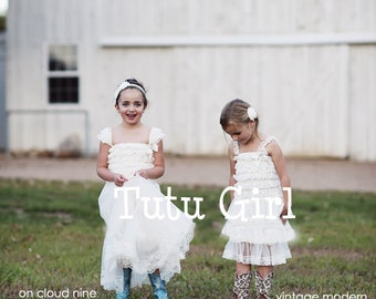 Flower Girl Dresses - Ivory Lace, Rustic Wedding, Cream Dress, Ruffles, Lace
