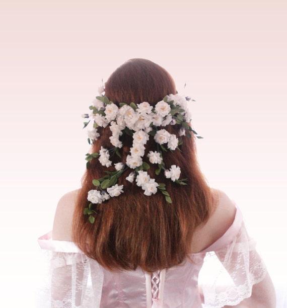 Bridal flower veil, Woodland hair crown, Rustic flower crown, boho wedding head piece, White flower crown, Boho bridal wreath
