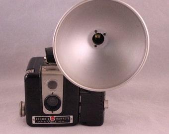 Vintage 1950's Era Kodak Brownie Hawkeye Flash Model Camera