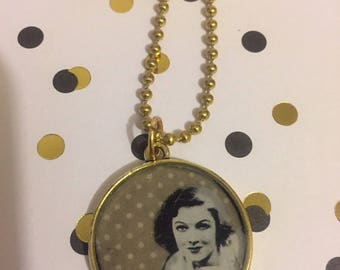 Myrna Loy Small Pendant Necklace