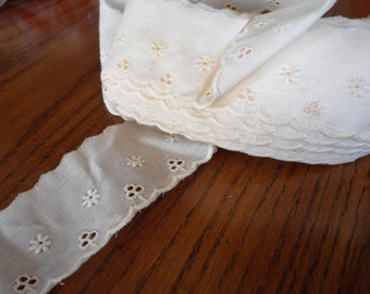 Vintage Ecru Cotton Muslin Eyelet Lace Yardage Sewing Applique Trim