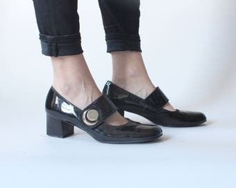 RESERVED patent leather mary janes | 60s chunk heel black maryjanes |  9 US | 40 EU