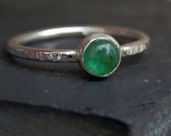 Emerald ring / emerald cabochon ring / silver and emerald ring / May birthstone / emerald jewelry / Brazilian emerald / ready to ship ring